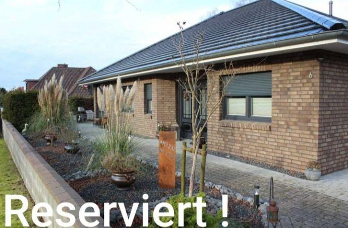 Provisionsfrei: Bungalow, barrierefrei / altengerecht mit Koiteich / Pool und ca. 60 m² Ausbaureserve in ruhiger Sackgassenlage von Bliedersdorf!