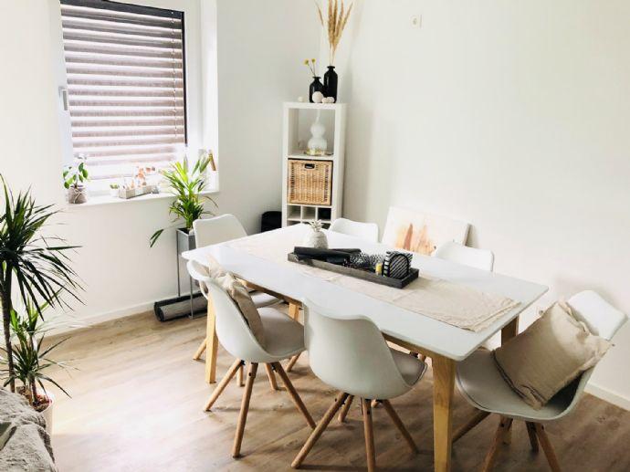 Komplett sanierte und hochwertig ausgestattete 2-Zimmer Wohnung in Stuttgart-City! Zentral und ruhig zugleich!!