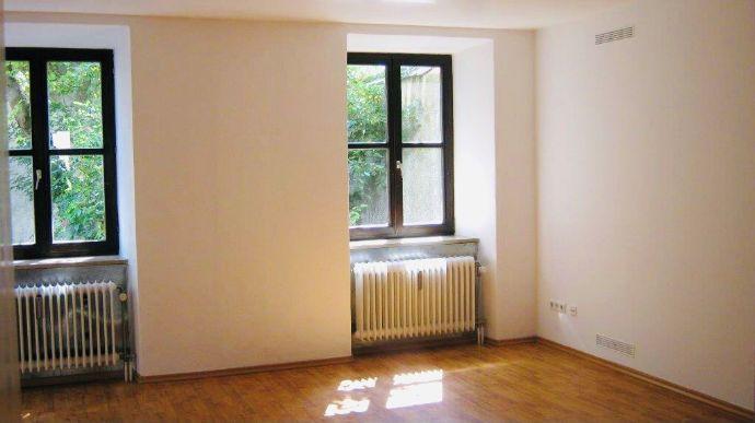 Großzügige 3,5 - Zimmer - Wohnung in der Altstadt