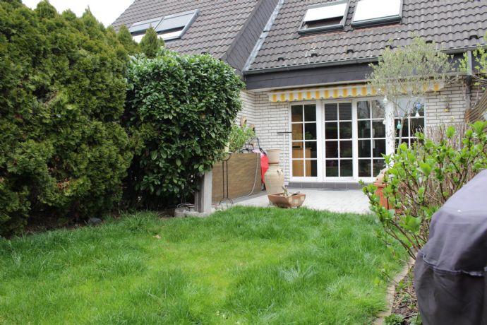 Hausmarke Immobilien - Reihenmittelhaus mit Garage in einer TOP-Lage und Rheinnähe