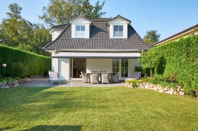 Landhausvilla in ruhiger Lage - gehobene Ausstattung, neuwertig