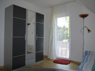 Zimmer 2 OG mit Zugang zur Dachterasse