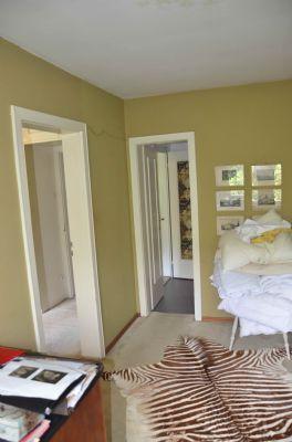 Schlafzimmer 2 mit Zugang zum Bad