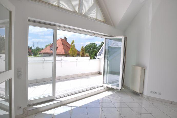 Ein Traum in Weiß - Schicke 2-Zimmer-Wohnung Nähe Frankfur-City