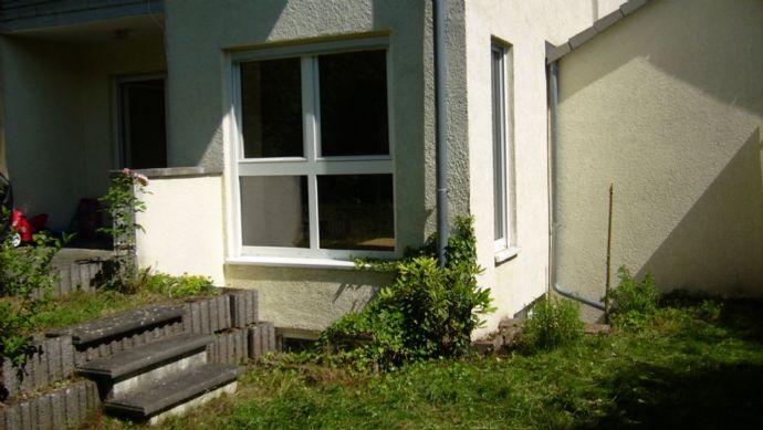 Hübsches helles Haus mit viel Platz und toller Ausstattung in ruhiger Lage von Steinwenden-Obermohr