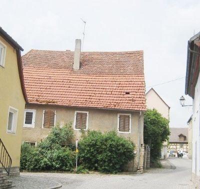 Reizendes, kleines Anwesen im malerischen Ortskern