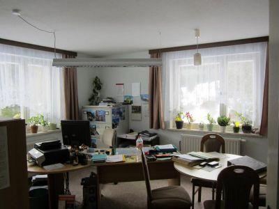 Wohnzimmer (Büro) EG