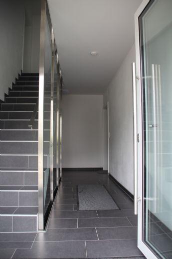 Moderne,großzügige 3 ZKB Gartenwohnung inkl. Carport und TG Stellplatz in ruhiger Wohnanlage in A-Inningen!