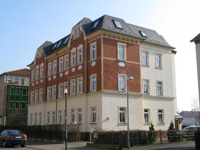 2-Raum-Wohnung mit EBK in ruhiger Lage Nähe Elbepark zu vermieten