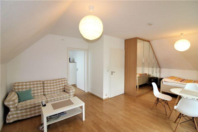 Vollmöbliertes Appartement in Bürrig