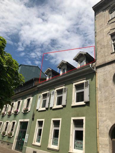 Zur Miete: DG Whg., KEIN LIFT, 2 Zi-, ca. 71 m² inkl. kl. Dachterrasse, Lö-Zentrum, Baslerstr. 157