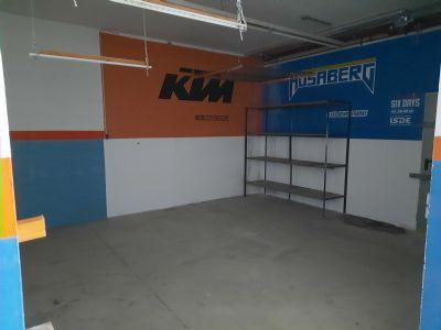 Freital Garage, Freital Stellplatz