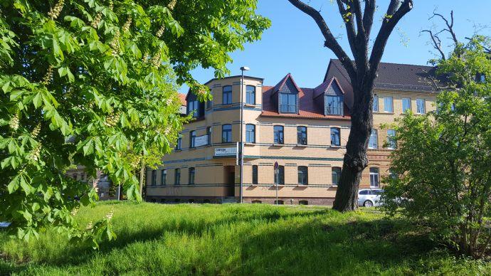 Helle, großzügige Büroflächen und Wohnungen im Zentrum von Bitterfeld-Wolfen