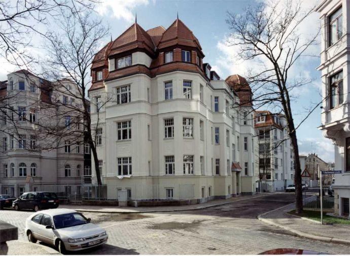 Schicke 3-Zimmer-Wohnung in Mehrfamilienvilla Nähe Rosental