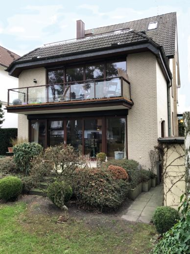 Charmantes Mehrfamilienhaus in zentraler Lage Eidelstedt Mitte