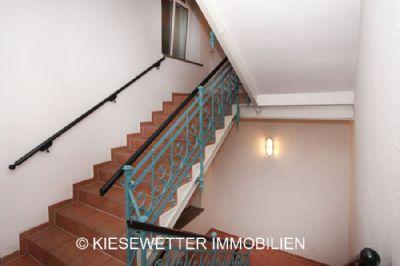 dachgeschoss mit einbauk che am br hl wohnung chemnitz 2jrzg44. Black Bedroom Furniture Sets. Home Design Ideas