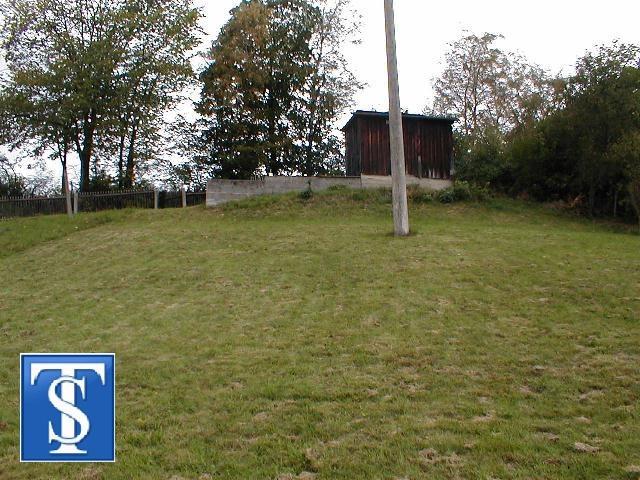 Teilerschlossenes Grundstück mit unverbaubarer Fernsicht in Burgstein OT Dröda
