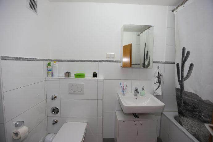 Sehr schöne 2 Zimmerwohnung im Zentrum Bad-Honnef mit neuem Wannenbad