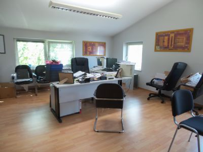 Büro 4/WoZi und Kochbereich OG