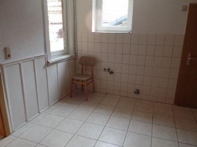 zwei Fenster in der Wohnküche ...