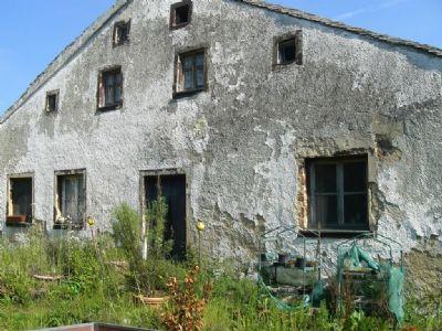 Bauernhaus im regionaltypischen Jurahausstil