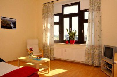 gem tliche und m blierte 2 raum wohnung zentrumsnah wohnung dresden 2bbhs47. Black Bedroom Furniture Sets. Home Design Ideas