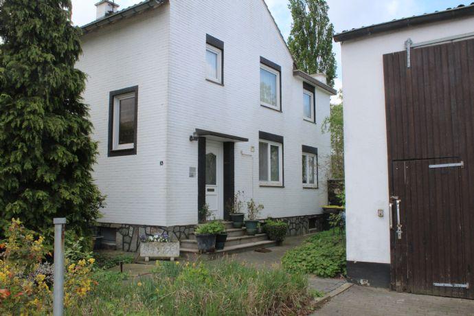 Wohnhaus Mit Pferdestall 2 Wohnungen Im Rohbau Werkstatt Büro Und