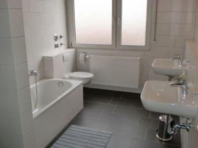 frankfurt s d neu isenburg wohnen auf zeit f r m nner wohnung neu isenburg 2zglb3z. Black Bedroom Furniture Sets. Home Design Ideas