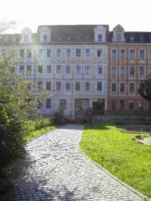 Straßenansicht mit Pontepark