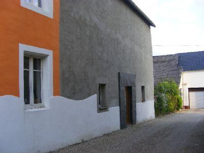 Rückseite mit dem Hauseingang