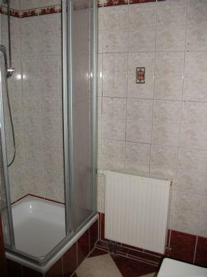 Bad mit Wanne  u Dusche