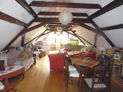 Dachgeschoss-Wohnzimmer oder Hochzeits-Suite ?