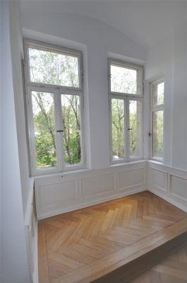 Wunderschöne 6-Zimmer Altbauwohnung