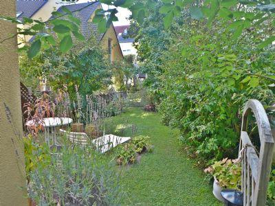 05-Blick-in-den-Garten