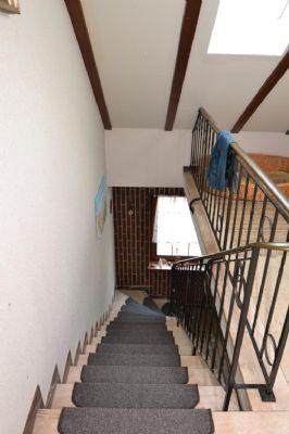 Treppenabgang zum EG