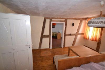 Gemütlichkeit in warmen Räumen mit Innenfachwerk