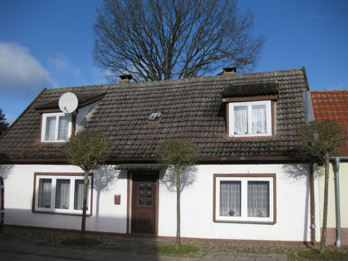 **Altes Bürgerhaus für handwerkliche Ideale** Hinterhof mit gepflegtem Nebengelass in Sackgasse ruhig gelegen