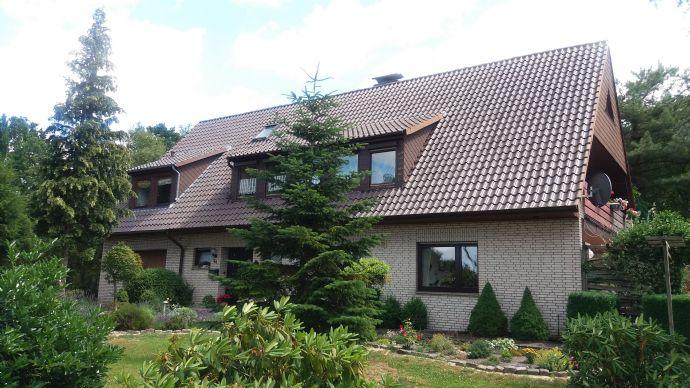 Solides Ein bis Zweifamilienhaus in Lilienthal Randlage