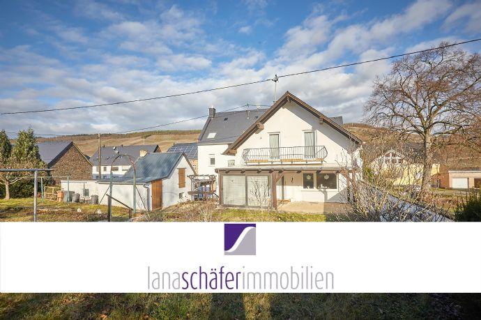 Bernkastel-Kues: Außergewöhnliches Hausensemble auf einem Grundstück
