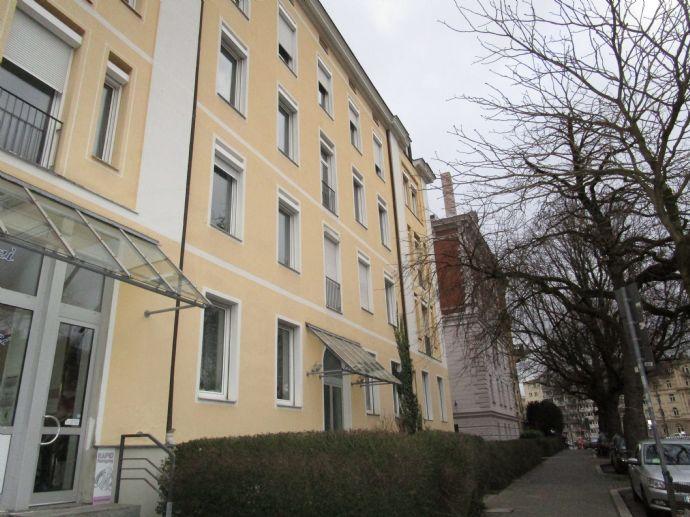 **TOP** Große Jugendstil-Wohnung 5 ZKB, ca 168qm nähe Bismarckviertel