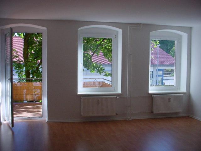 renovierte Altbauwohnung mit großer Terrasse