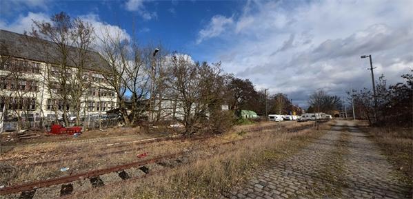 Einzigartige ca.1000qm Gewerbefläche - neben dem historischen Güterbahnhof! - Ideal für Autohandel