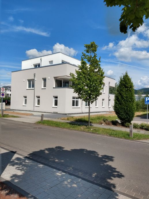Modernes Wohnen in Schweich - Neubauwohnung mit Balkon 3 Zi., Küche, Bad