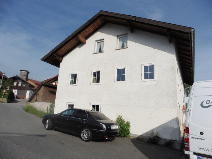 Schnäppchen: 3-Generationen-Haus zur Fertigstellung: Thyrnstein/ Lamer Winkel