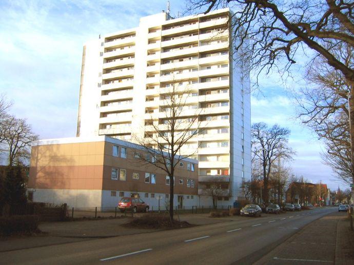 Gepflegte 1 ZKB Wohnung 31,80m² in zentrumsnaher Lage von Delmenhorst! 2 Fahrstühle vorhanden! NUR HIER ANFRAGEN!! KEINE ANRUFE!!
