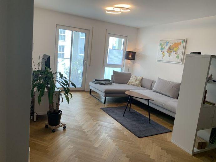 großzügige 3 Zimmer Wohnung / Balkon / Neubaugebiet Friedrichshofen!
