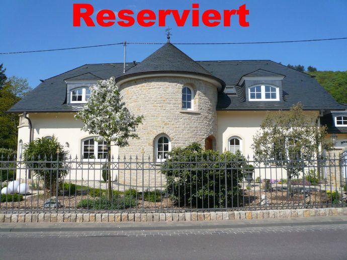 Traumhafte Villa mit Parkanlage, 3 km von Saarburg & 22 km bis Grenze Luxemburg (Wormeldange)