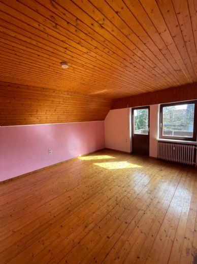 Oyten-Bassen, sonnige 3,5-Zimmer-Wohnung 120 m²  40 m² DG