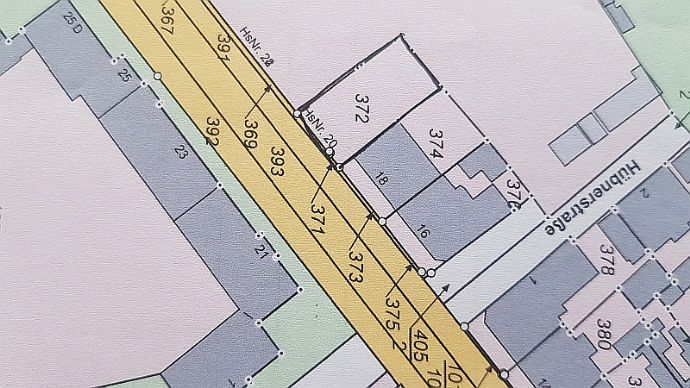 Grundstück für ein Mehrfamilien-/Geschäftshaus