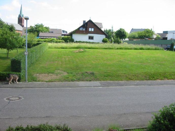 Voll erschlossen-761m² eben und guter Schnitt-nahe Orstrandfür 26/m²! Da kann man bauen!